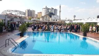 Buyukhanli Park Hotel, Simon Bolivar Cad,32