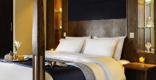Cavan Crystal Hotel, Dublin Road,