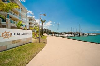 Mantra Boathouse Apartments, 33 Port Drive, Port Of Airlie,