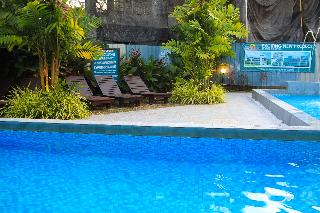 White Lodge - Pool