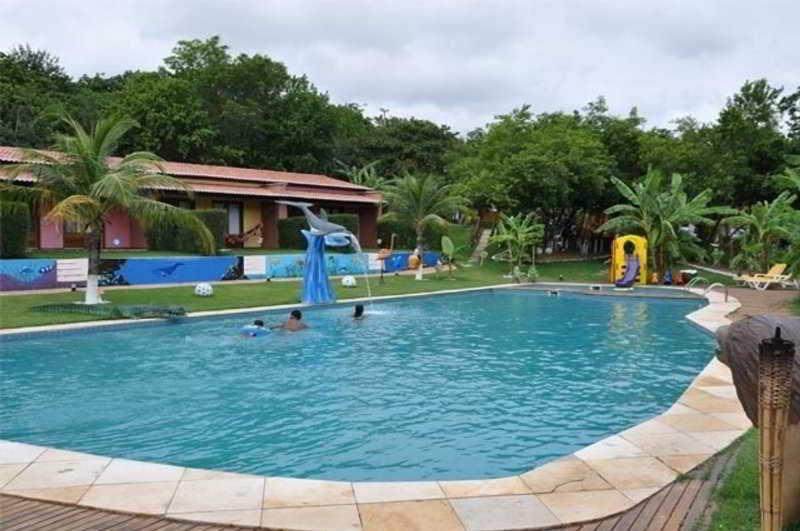 Caju Montebello - Pool