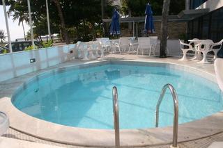 Ambassador Flat - Pool