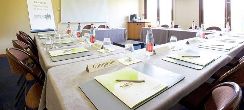 Campanile Salon De Provence