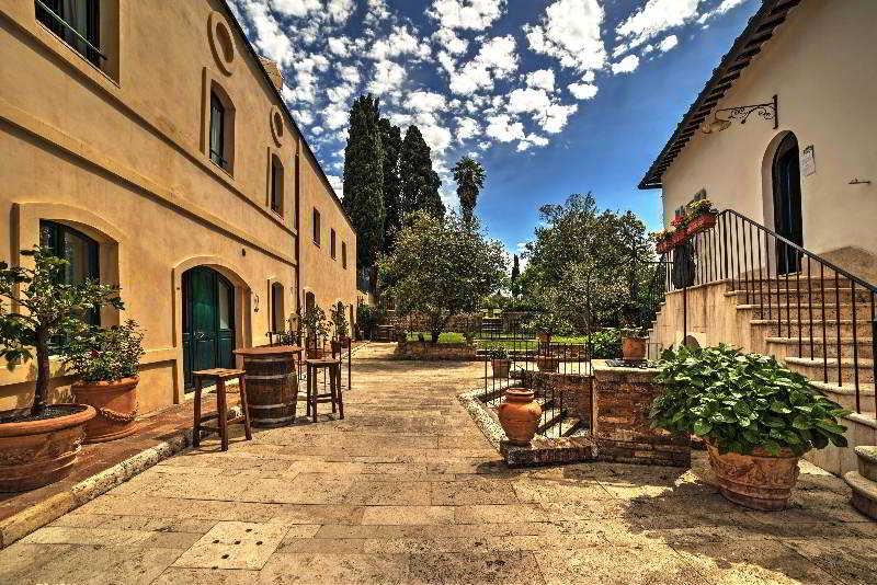 Borgo Grondaie Siena Hotel