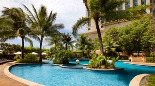 Radisson Blu Cebu - Pool