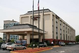 Hampton Inn Newark-Airport