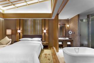 Sheraton Wetland Park…, 1 Westbrook Resort, Zijingang…