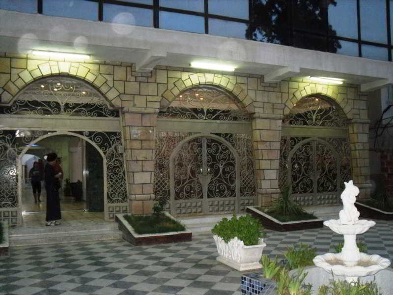 Emir, Rue Tella Ahcen Route De…