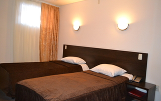 Sv - Hotel