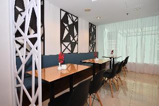 Tun Fatimah Riverside Hotel - Restaurant