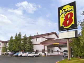 Super 08 Motel