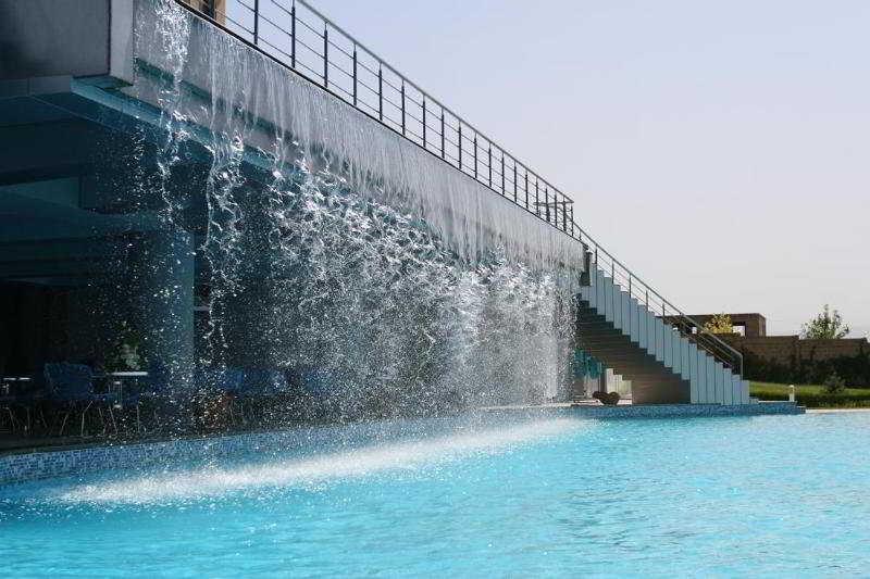 Olympia - Pool