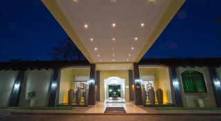 Protea Hotel Livingstone, Plot 2110 Mosi-o-tunya Road,…