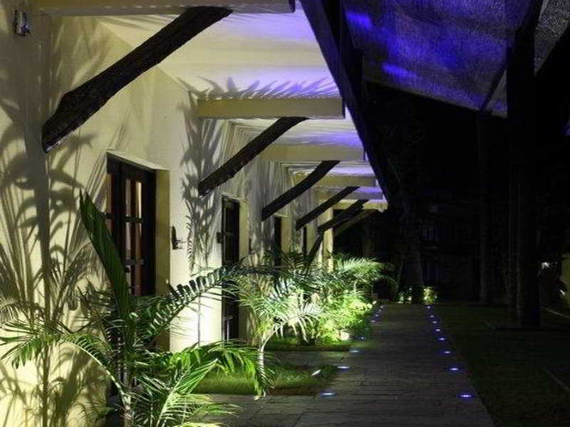 The Rhino Resort Hotel…, Rue Du Karting,s/n