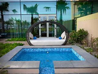 Rixos The Palm Dubai Luxury Suites - Pool