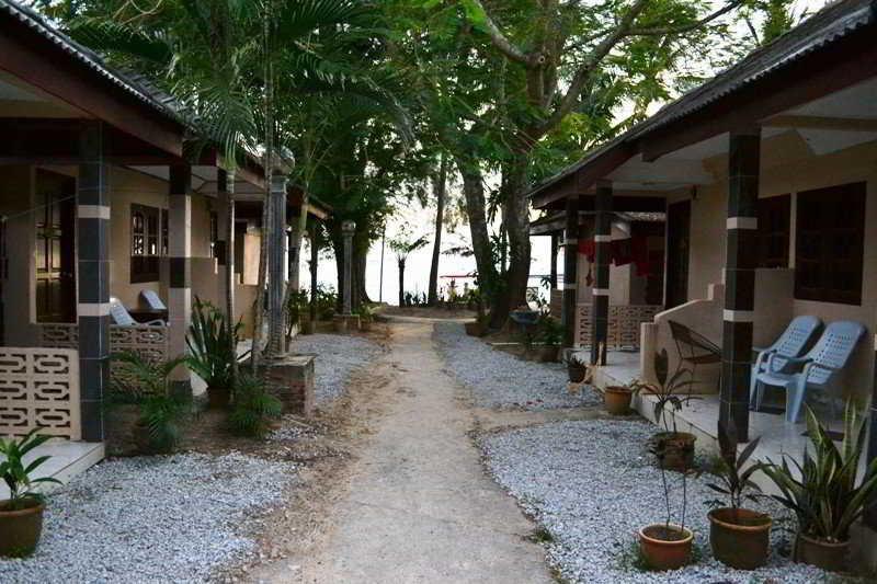 Langkapuri Inn, Lot Pt 895, Pantai Cenang,