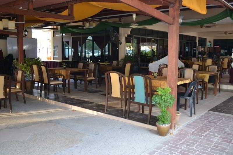 Langkapuri Inn - Restaurant