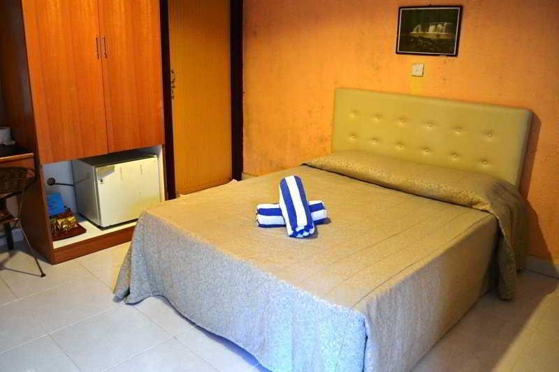 Langkapuri Inn - Zimmer