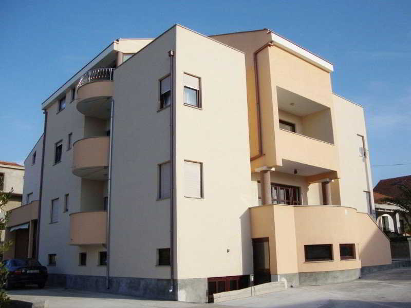 Apartments Jurjevic, Julija Klovica,44