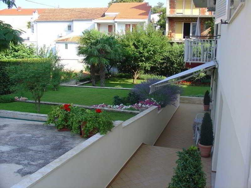 Apartments Kata, Zivkovica 5 (diklo),