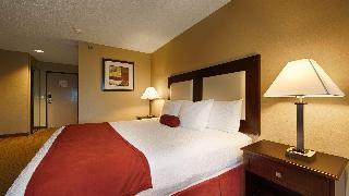 Best Western Plus Macomb Inn