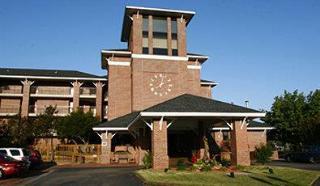 Best Western Plus Coastline Inn