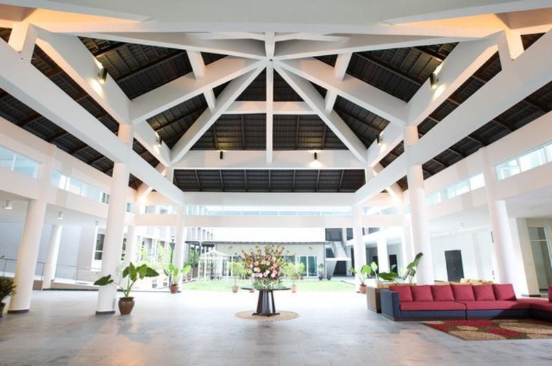 Cherengin Hills Convention & Spa Resort - Diele