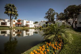 Las Dunas, Avenida La Angostura,400