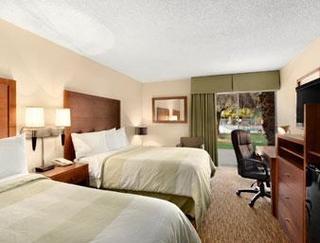 Days Hotel Peoria Glendale Area