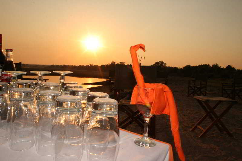 Mushroom Lodge, The Lodge - Mfuwe,25