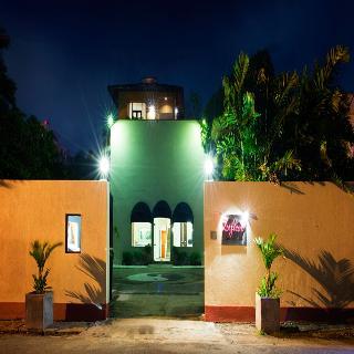 Zylan Luxury Villa, 115 Rosmead Place, Colombo…