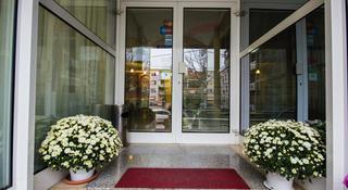 Residence Inn Hotel, Kole Nedelkovski,6