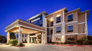 Best Western Plus Lytle Inn & Suites