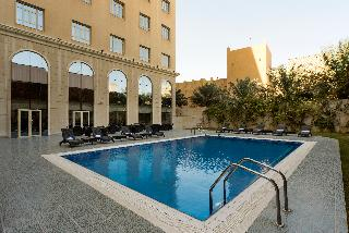Concorde Hotel Doha - Pool