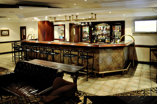 Indaba Hotel and Conference Centre - Bar