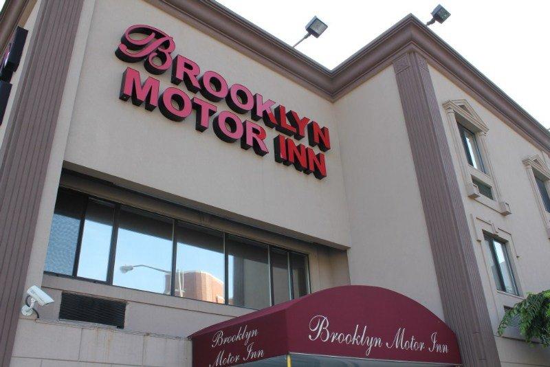 Brooklyn motor inn brooklyn for Motor inn brooklyn ny