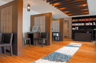 Book 52 Hotel Taichung - image 8