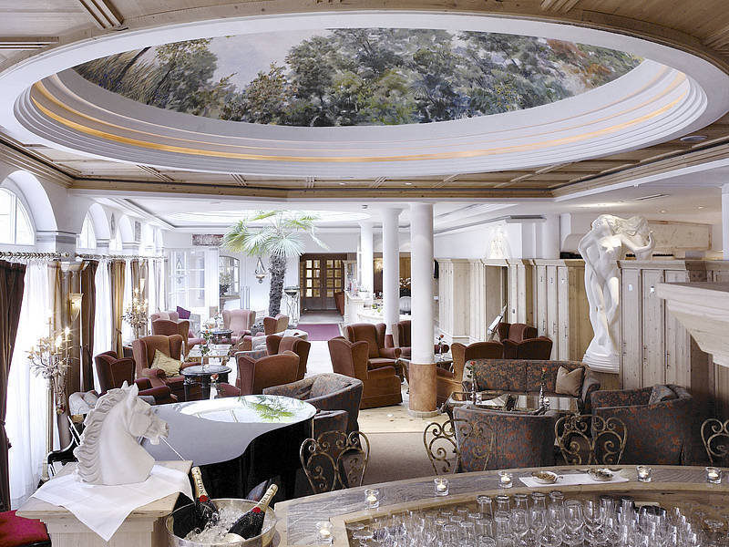 Harisch Hotel Weisses Rossl - Bar