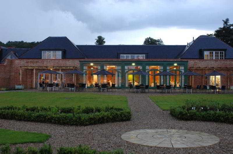 Mercure Walton Hall Workshire Hall & Spa