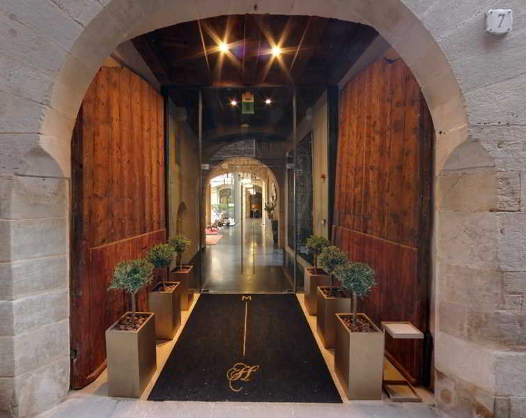 Hoteles en barcelona barrio gotico alojamiento en for Alojamiento en barcelona espana