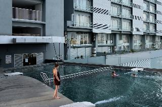One-Stop Residence & Hotel - Pool