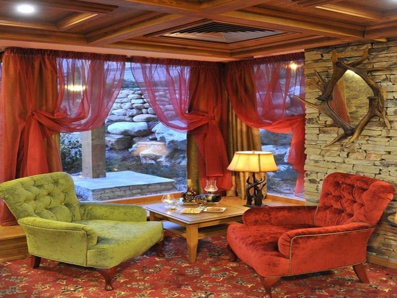 Pirin Golf Hotel & Spa - Diele