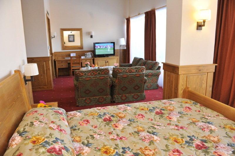 Pirin Golf Hotel & Spa - Zimmer
