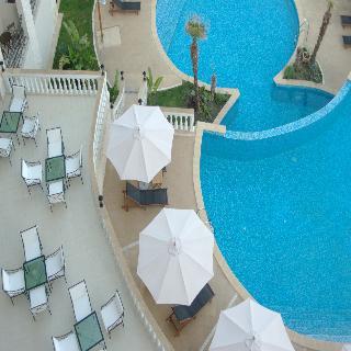 The Cliff Beach & Spa Resort - Pool