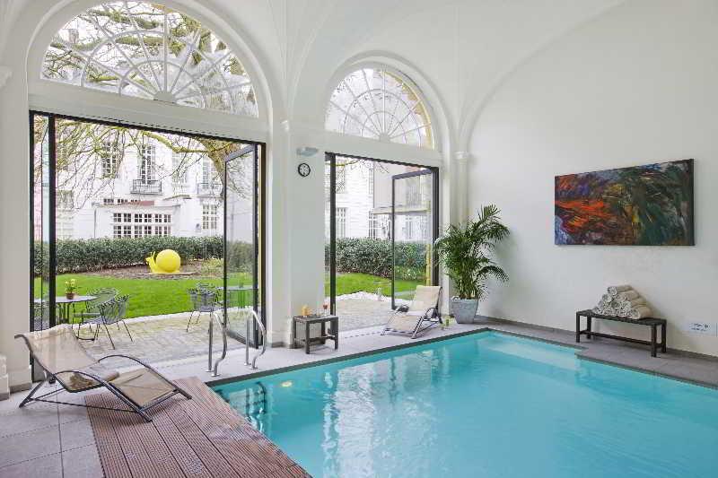 Pillows Grand Hotel Reylof - Pool