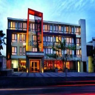 Hotel 100 Sunset Boutique…, Jalan Sunset Road,100