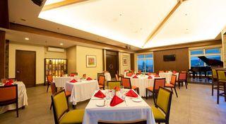 Harolds Hotel - Restaurant
