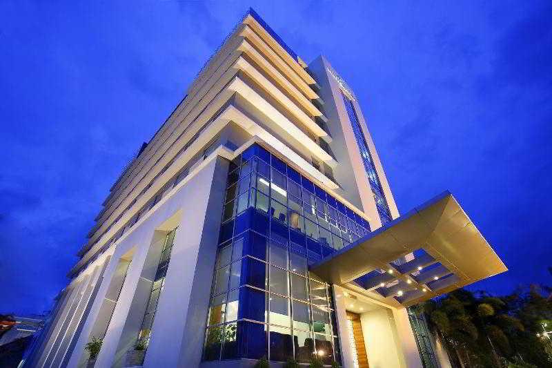 Santika Makassar, Jl. Sultan Hasanuddin No.…