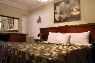 Bungalow Beach Hotel, Kotu Stream Road,