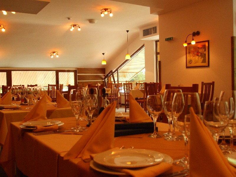 Yanakiev Club Hotel - Restaurant